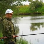Андрей Анатольевич уговаривает рыбу клевать